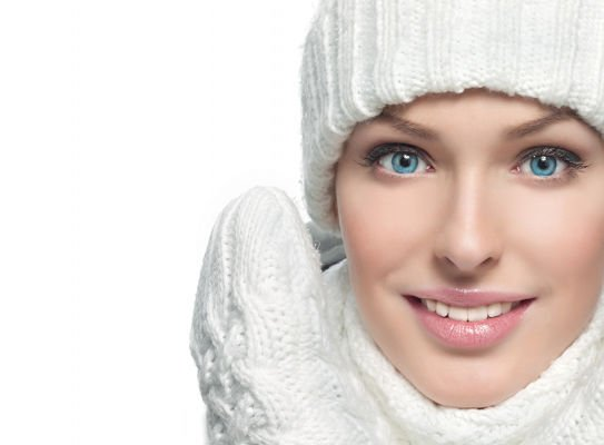 Sudden changes in temperature or cold winds causes adverse effects on the skin