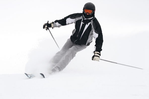 Winter sports provide constant temperatura changes to the skin